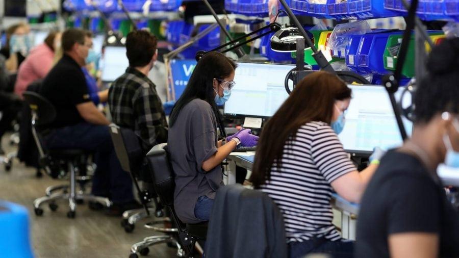 SUA înregistrează o creștere istorică a locurilor de muncă în luna mai – 2.5 milioane