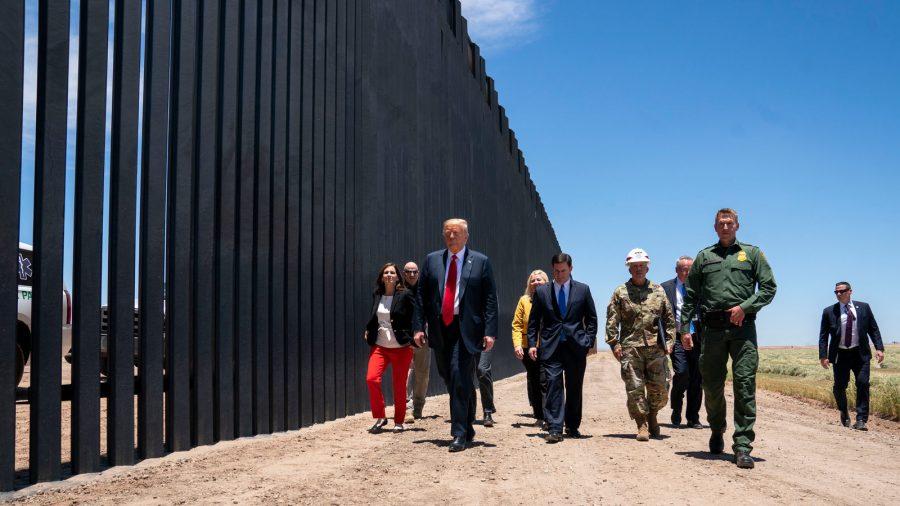 Curtea Supremă refuză să stopeze construcția zidului de frontieră