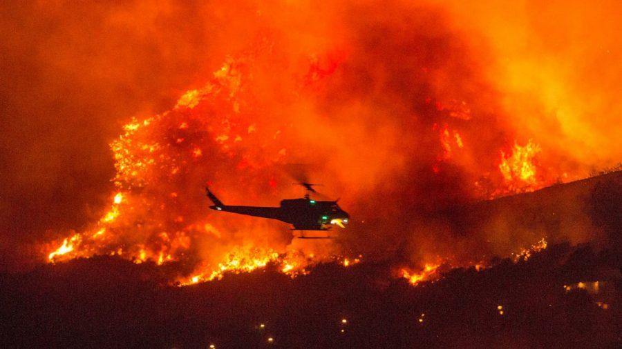 Incendiile din California au cuprins o suprafaţă de peste 8.000 de kilometri pătraţi, un record din 1987