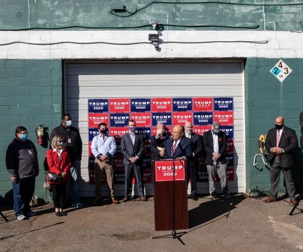 Giuliani: Primul proces de fraudă electorală va fi intentat în Pennsylvania