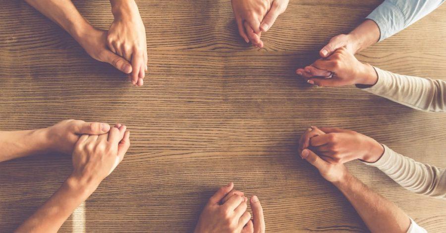 Illinois Family Institute: Chemare la rugăciune la final de an