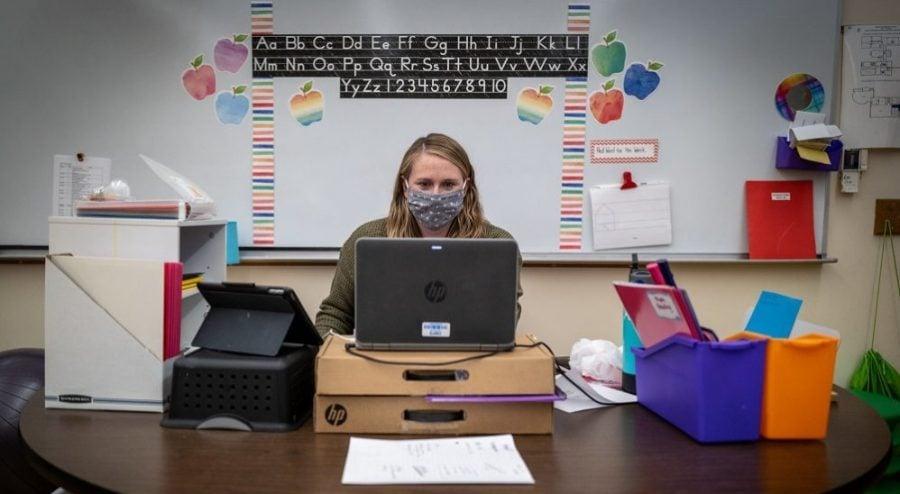 Blocați în școala online, copiii regresează educațional și nu-și vor reveni niciodată