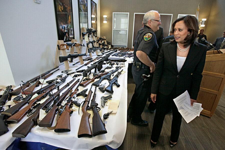 """Kamala Harris: """"Voi emite un ordin executiv"""" cu privire la controlul armelor dacă sunt aleasă președinte"""