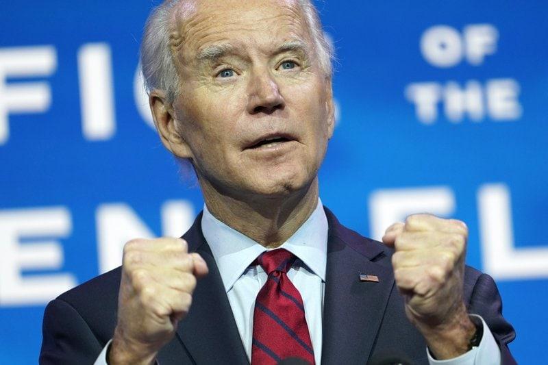 Mike Huckabee: Este timpul ca Democrații să oprească avalanșa de ordine executive ale lui Biden