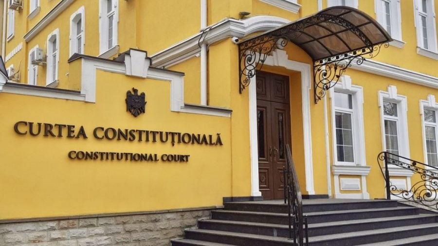 Curtea Constituțională restabilește ordinea la Chișinău: asaltul lui Dodon și Șor la statul de drept, desființat de judecători
