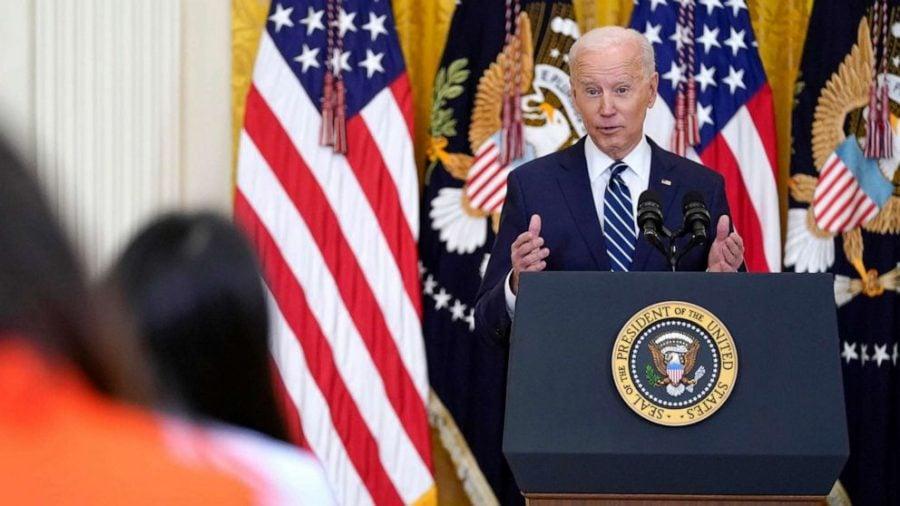 """Liderul Lumii Libere le spune reporterilor: """"Nu ar trebui să vă răspund la toate întrebările"""""""