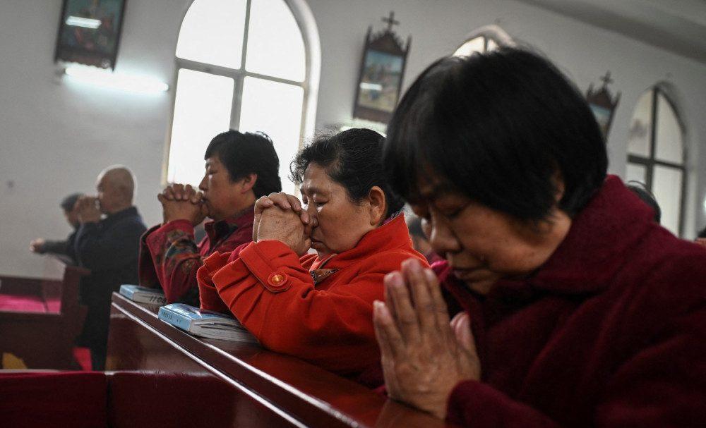 De ce este Partidul Comunist Chinez speriat de Creștinism