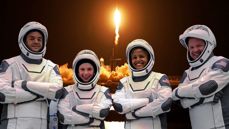 SpaceX a lansat primul zbor civil în Cosmos