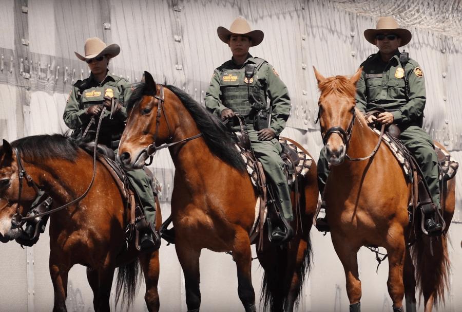 SATIRĂ: Polițiștii de frontieră sunt acuzați că patrulează frontiera