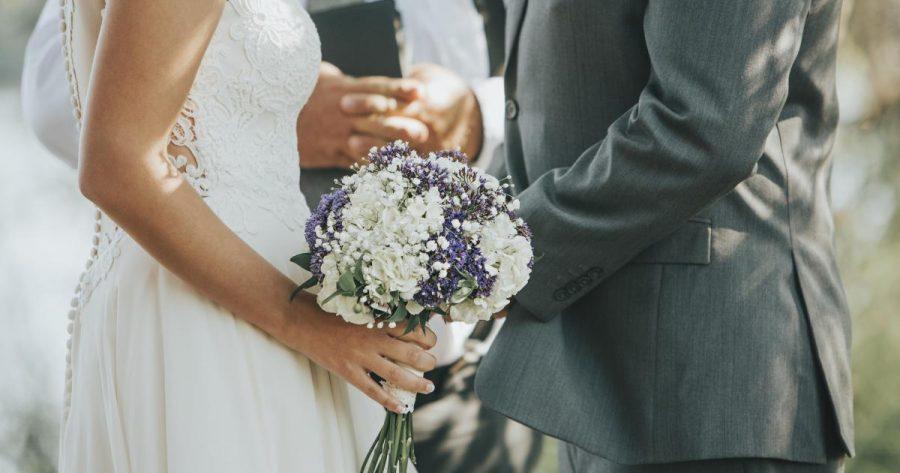 De ce rata în declin a căsătoriilor afectează pe toată lumea