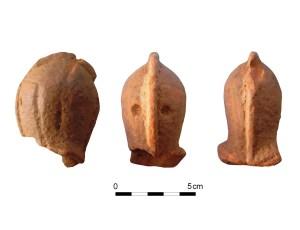 Casc, fragment del cap d'una joguina de ceràmica. Fotografia: ATICS, SL.