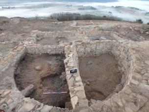 Vista del bastió des de l'oest, al final de l'excavacióAssentament ibèric del Coll del Moro de Gandesa (Terra Alta), campanya de 2016