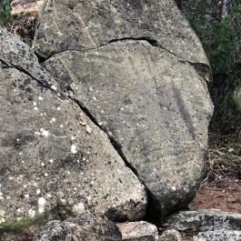 Gravats de l'estela de la Costa dels Garrics del Caballol (Pinell, el Solsonés)