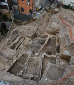 2. Restes d'una casa de la Cuirassa (barri jueu de Lleida) incendiada durant els incidents del Pogrom de 1391. Fotografia: Arxiu Arqueològic de l'Ajuntament