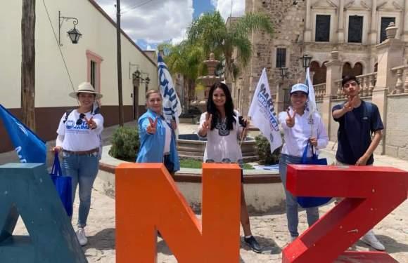 Martha Romo Cuellar visita comunidades de  Ojuelos