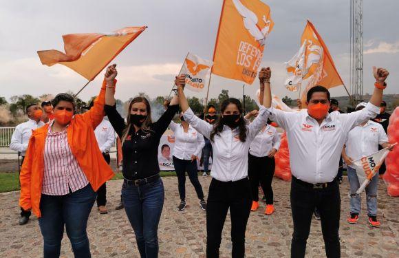 Unión de San Antonio y San Diego de Alejandría van por el cambio con Marcela Padilla