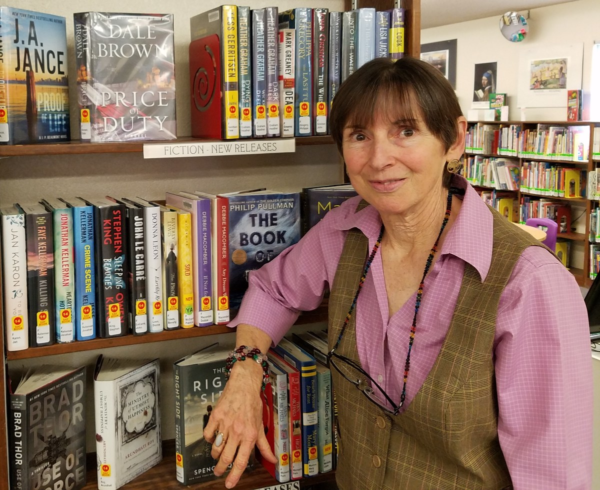 Winslow librarian retires after 16 years