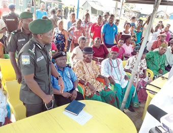 Ag. IGP Idris addressing Oporoza community.