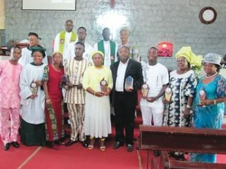 Clerics, awardees, and members of the youth fellowship of Immanuel College Chapel, Samonda, Ibadan, Oyo State, at the 30th anniversary celebration, held at Immanuel College Chapel, last Sunday.