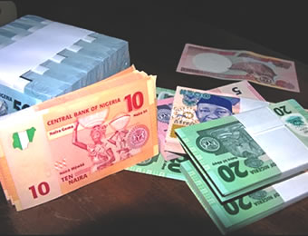 Naira inches to N280 per US dollar