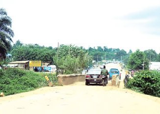 The colonial bridge on River Erinle on the Osogbo-Ilobu-Ogbomoso road awarded for construction in the 2016 budget.