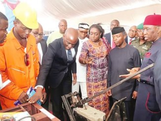 From right, Delta State Governor, Senator Ifeanyi Okowa; Vice President, Prof Yemi Osinbajo; Finance Minister,  Mrs Kemi Adiosun; Minister of State for Petroleum, Dr Ibekachukwu (behind); Commissioner for Basic and Secondary Education, Mr Chiedu Ebie and others, during the exhibition of localy made goods at the Economic Summit to mark the 25th anniversary of Delta State.