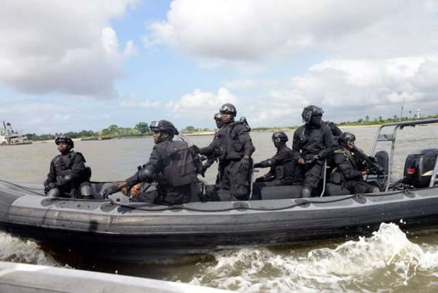 nigeria navy5 - Navy nabs 4 suspected smugglers, seizes foreign rice in Akwa Ibom