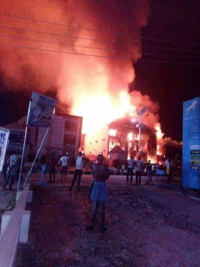 Fire razes Kogi shop