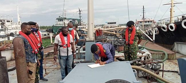 Navy hands over arrested MT