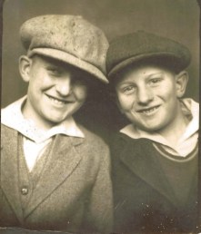 Doug with brother Dave (~1931)