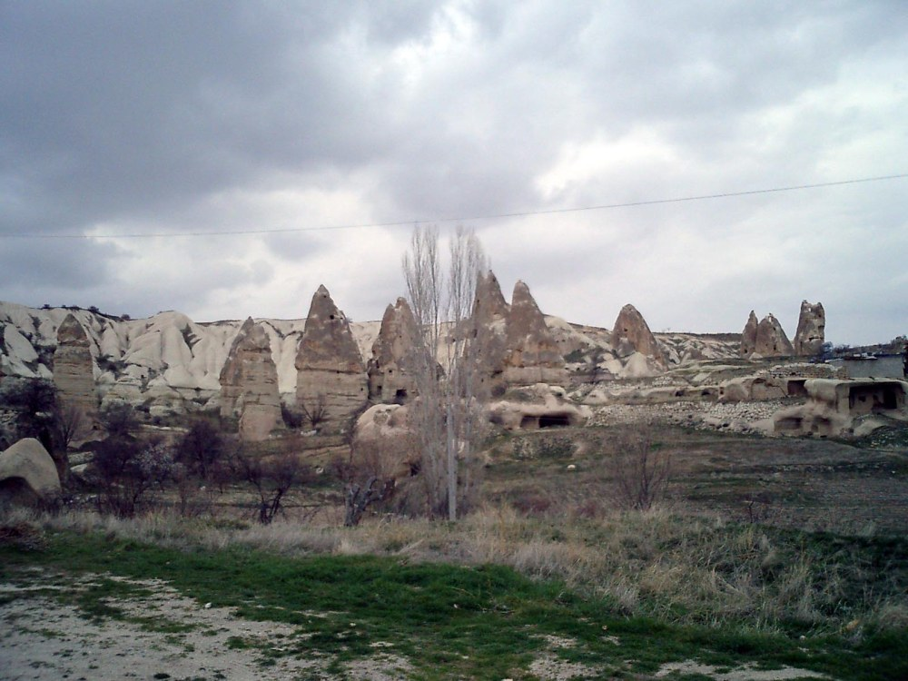 KAPADOKYA / CAPPADOCIA: Drawing Over the Rainbow (2/6)