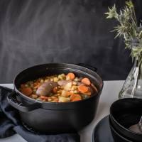 [von und mit: feli] kichererbseneintopf mit salsiccia und merguez - aka one pot winter soulfood!