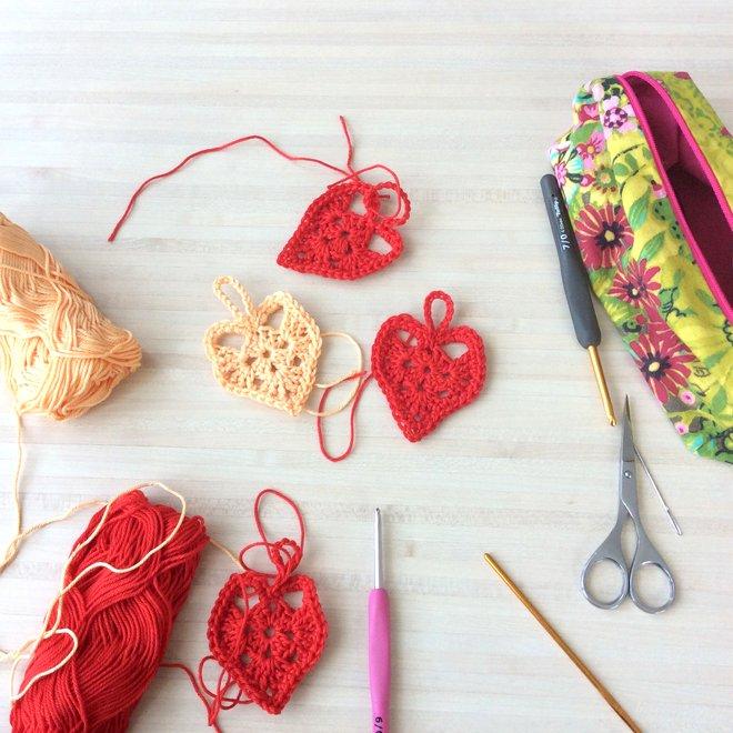 Atelier crochet coeurs