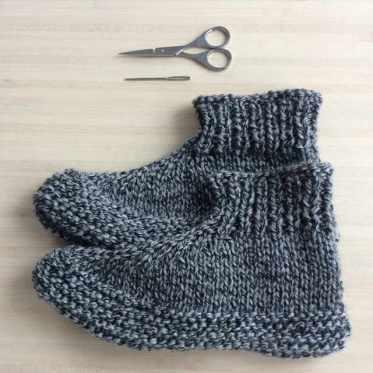 chaussons au tricot pour adultes