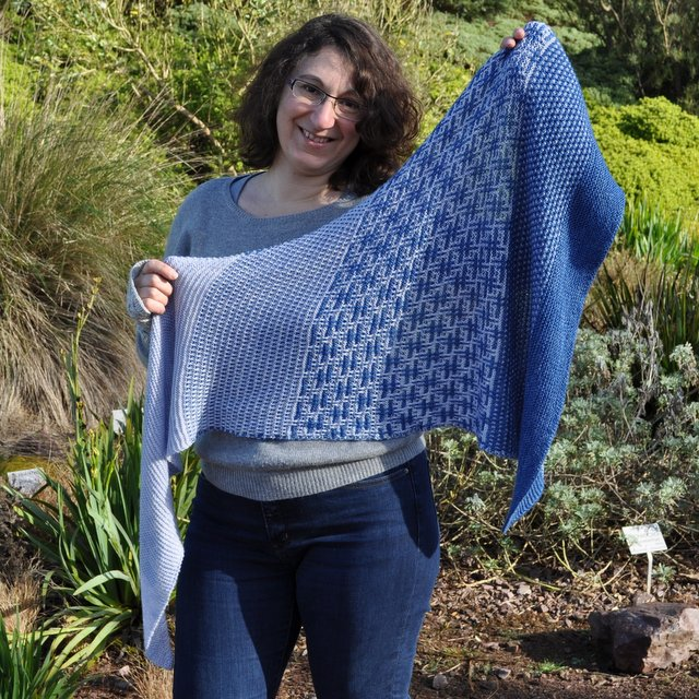 hashtag shawl knitting pattern mosaic