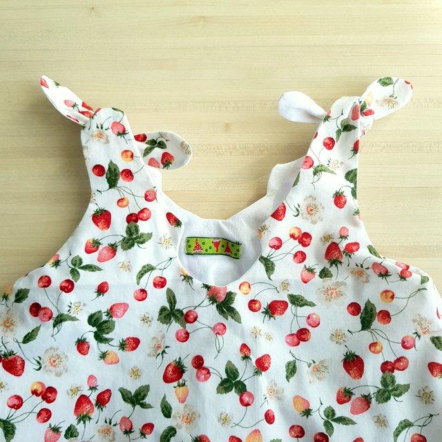 Zoom sur le haut de la robe