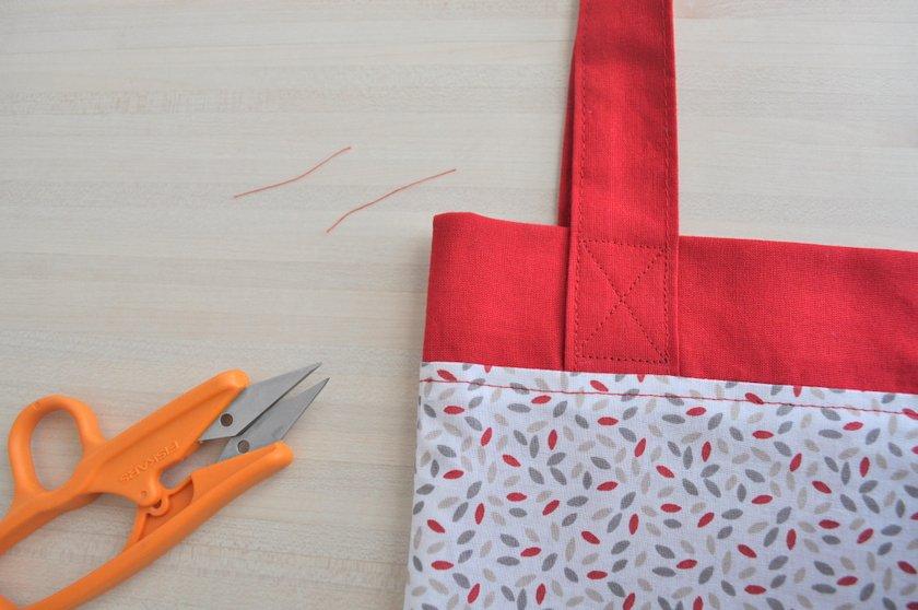couture en croix anse de sac