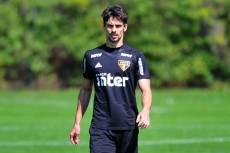 Rodrigo Caio está entre os relacionados para pegar a Chape
