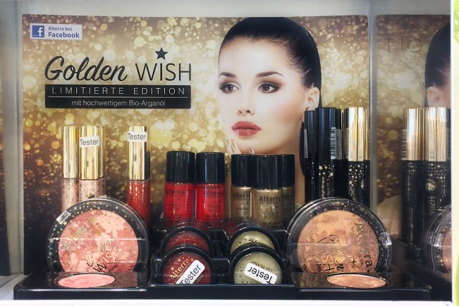 Alterra Golden wish limited edition LE stand