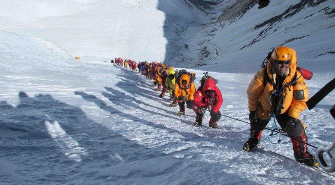 Nepal estuda exigir experiência prévia para Everest