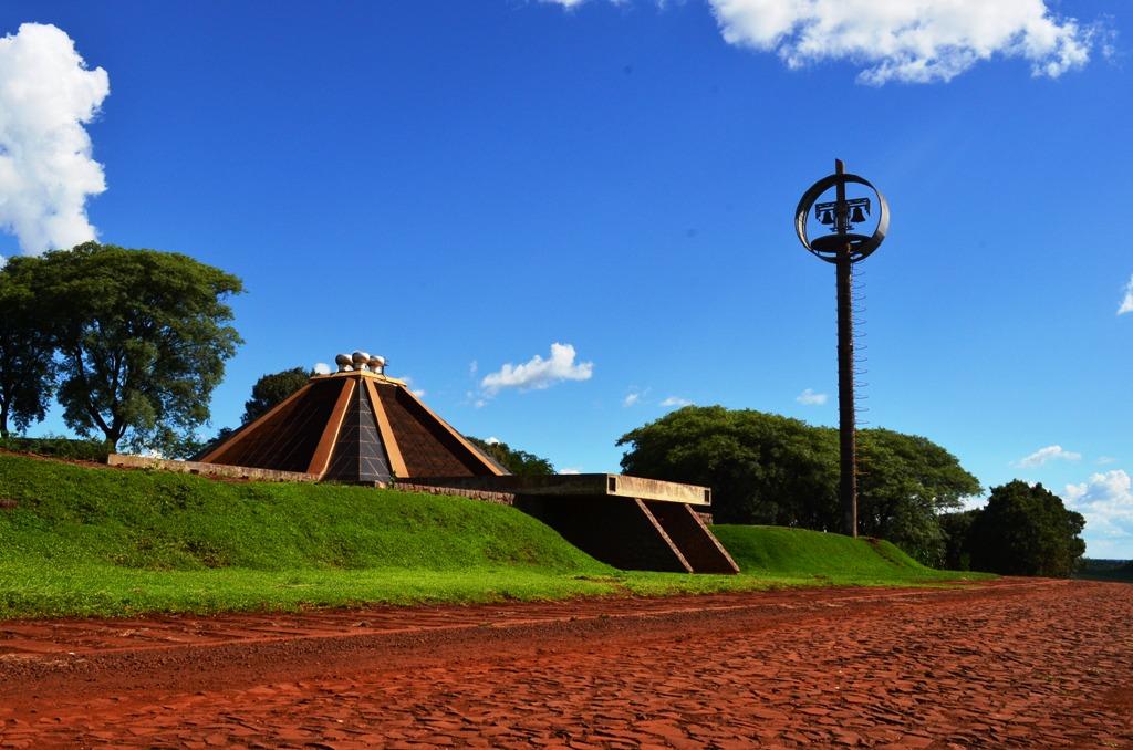 Igreja subterrânea de Mamborê