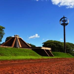 Igreja Subterranea do gavião - Mamborê