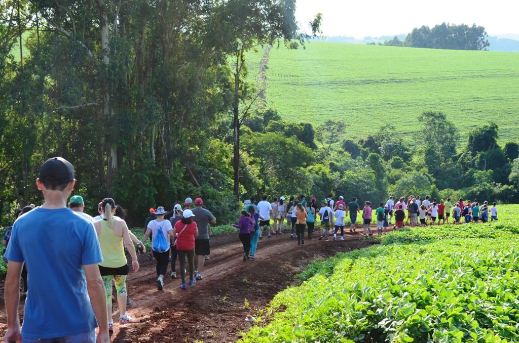Participe das Caminhadas Internacionais na Natureza