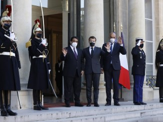 France offers support to Libya peace process