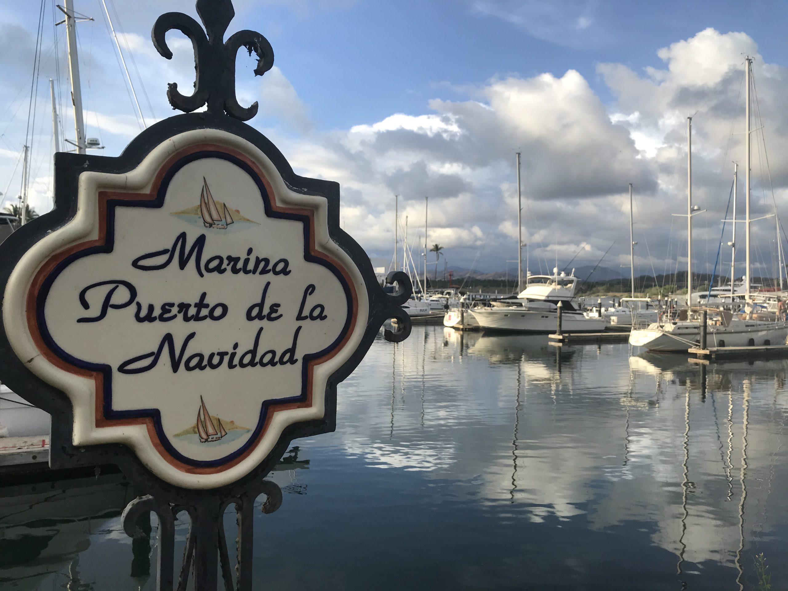 Zihuatanejo and Puerto de la Navidad
