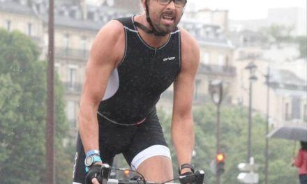 Recuperan cuerpo de Ironman bajo el agua con un neumático atado a los tobillos