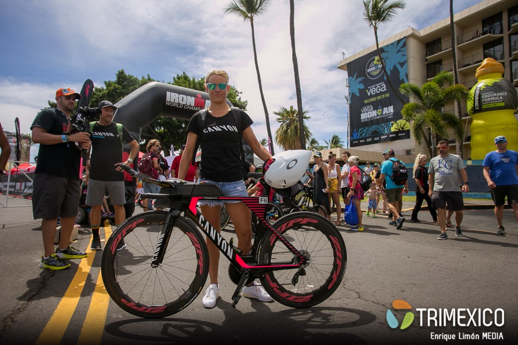 Check in Ironman World Championship kona 2019