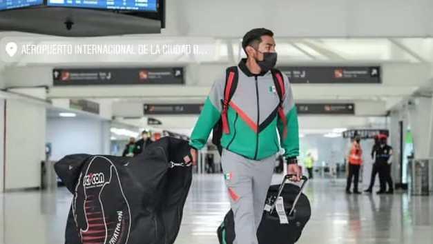 Viajan triatletas mexicanos a Tokio para participar en los JO 2020