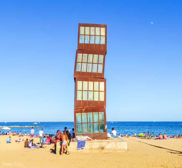 Homenatge a la Barceloneta Best Places to See First Time Visitor Barcelona Spain