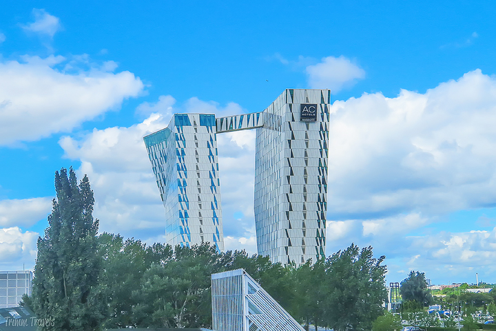 far view of hotel from metro